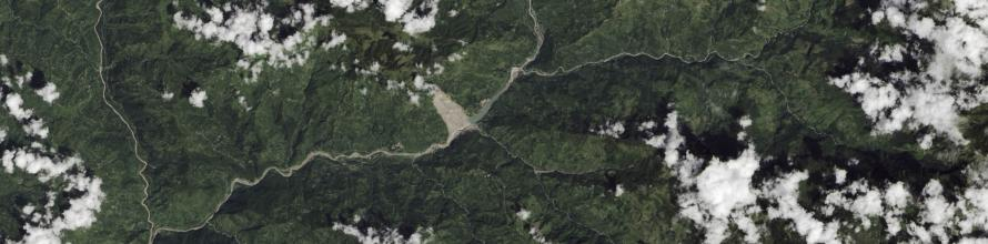 In the early hours of August 2, 2014, nearly 2 kilometers of hillside collapsed in rugged northern Nepal. Image: NASA.