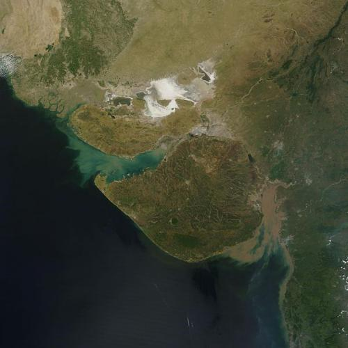 India: Developing a satellite-linked disaster warning system in
