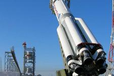 The launch vehicle, Proton-M, includes improvements regarding the rocket ProtonK