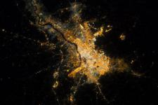 Calcutta city in India during the night. Satellite imagery can contribute to urban planning. (Image: ESA)
