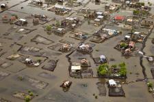 Des rues inondées dans la ville de Cap-Haïtien, au nord d'Haïti, en novembre 2012. Image: UN Photo/Logan Abassi.