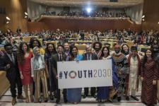 United Nations Secretary-General António Guterres with youth attendees of the high-level event on Youth2030, New York, 24 September 2018. Image: UN Photo/Mark Garten.