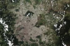 Natural-colour Sentinel-2A image of Mexico City and surroundings. Image: Copernicus Sentinel data (2015)/ESA, CC BY-SA 3.0 IGO.