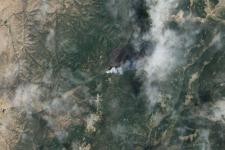 Fire burning in northern New Mexico captured by the Operational Land Imager (OLI) on Landsat 8 in June 2013. Image: NASA.